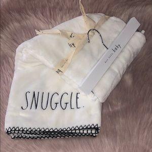 RAE DUNN  |  SNUGGLE Baby Blanket